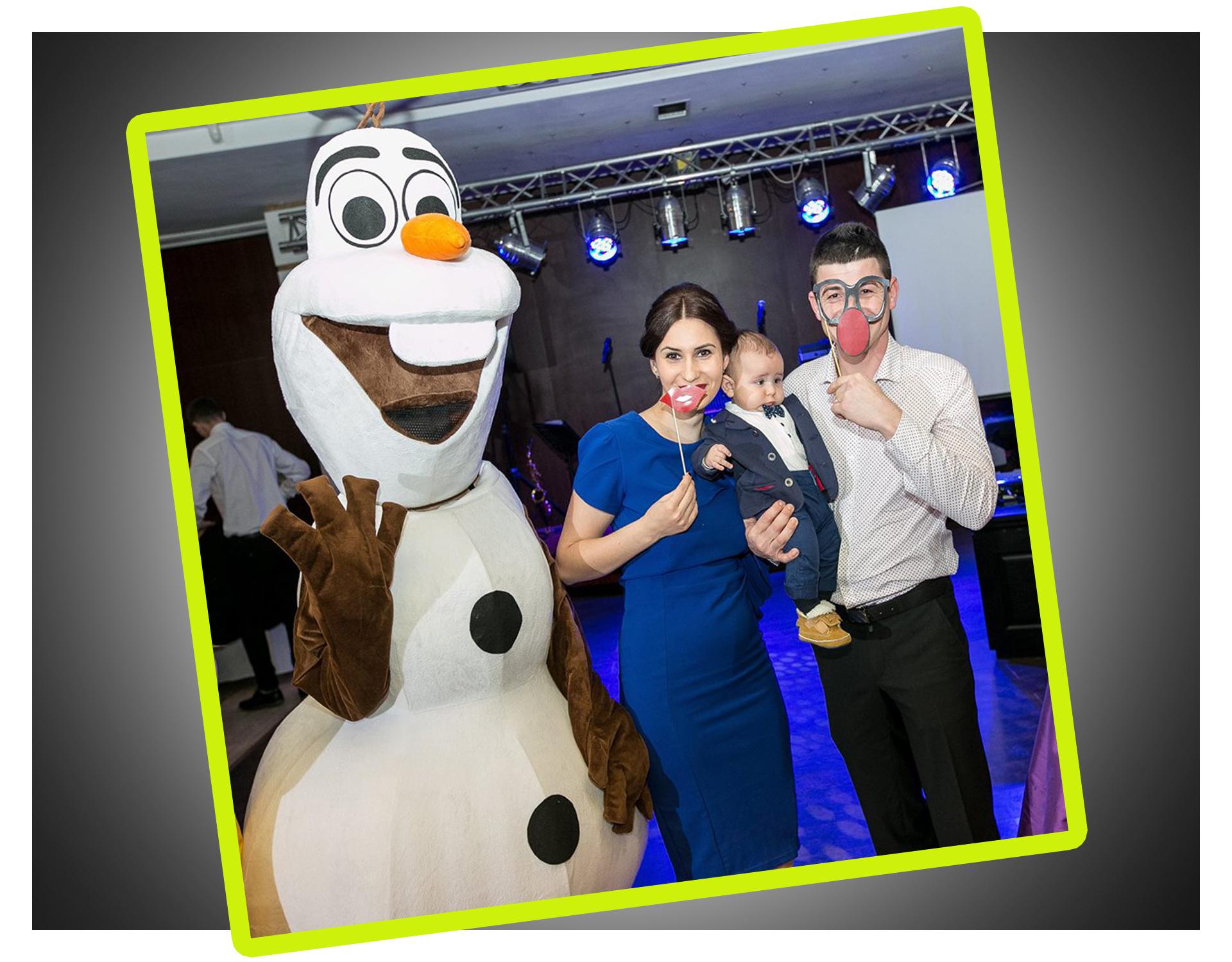 hostess masOlaf, celebrul om de zapada din Regatul de Gheata (Frozen) in Iasicote disney iasi