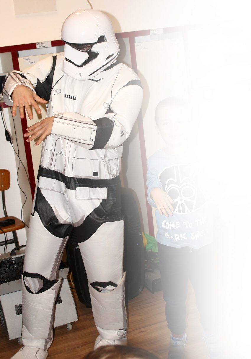 Star Wars Stormtrooper - personaj la petreceri pentru copii in Iasi