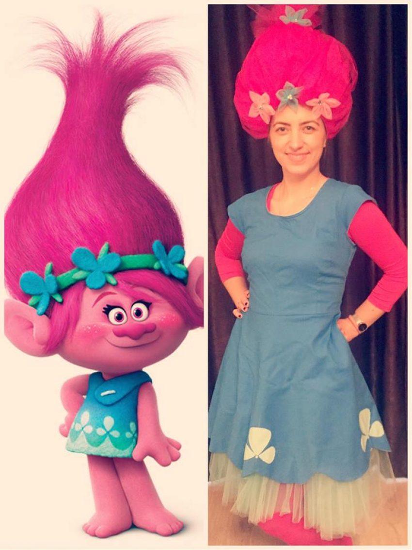 Poppy fetita cu parul roz din filmul Trolii animatoare in Iasi