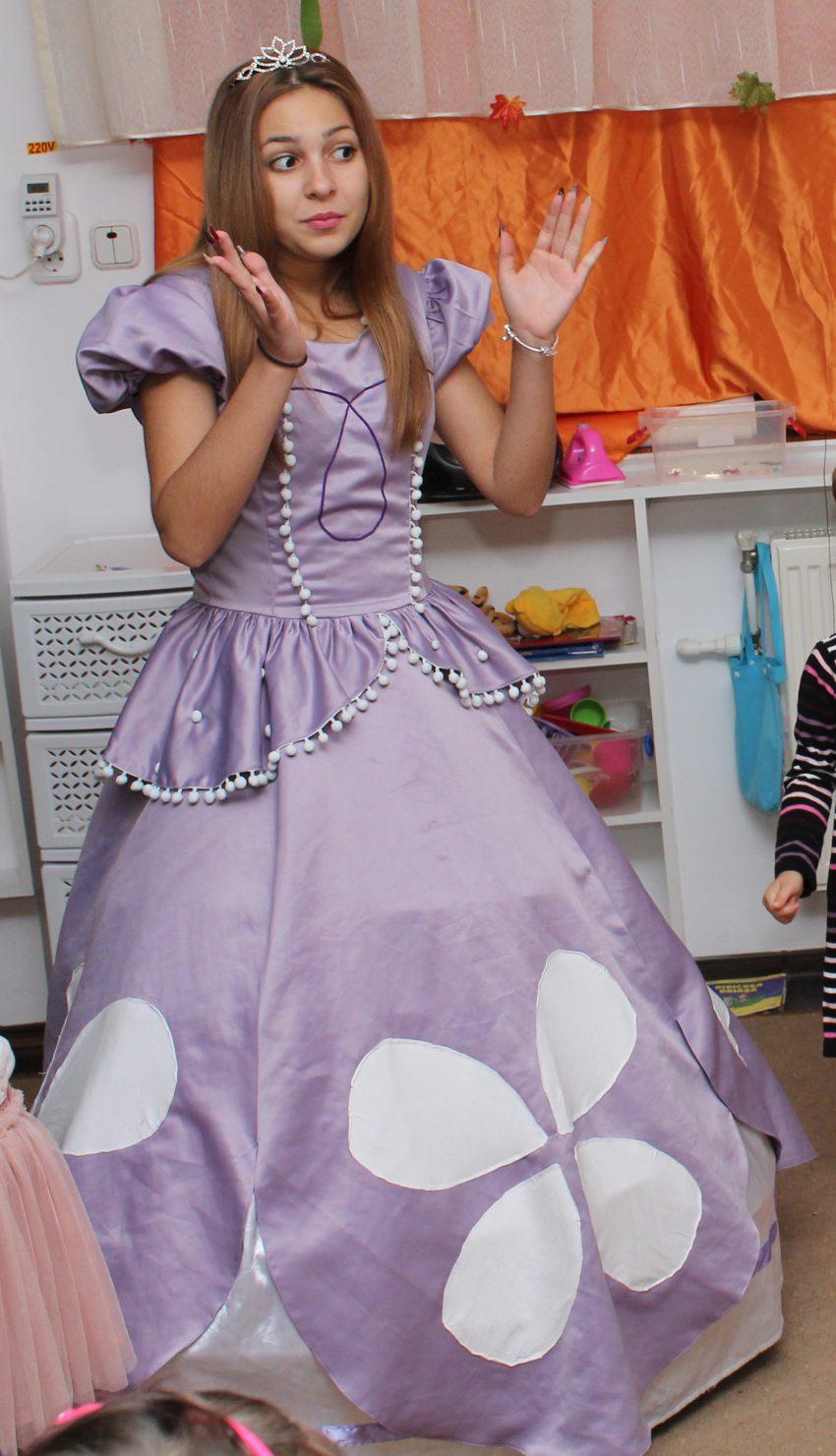 Printesa Sofia - cel mai iubit si cunoscut personaj feminin de la Disneyland