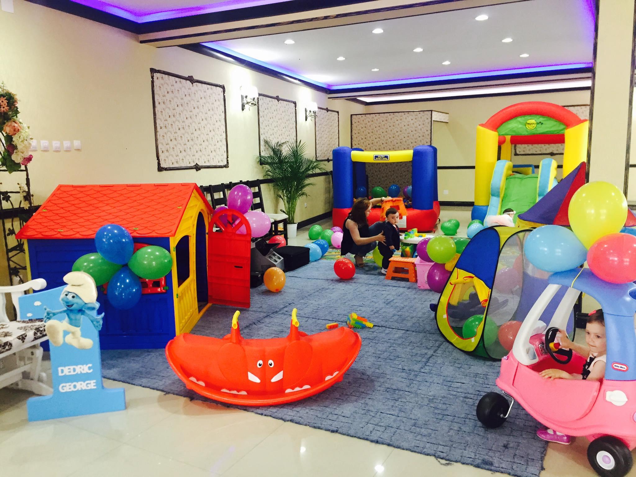 Kids Corner sau spatiu de joaca mobil in Iasi pentru nunta si cumatrie
