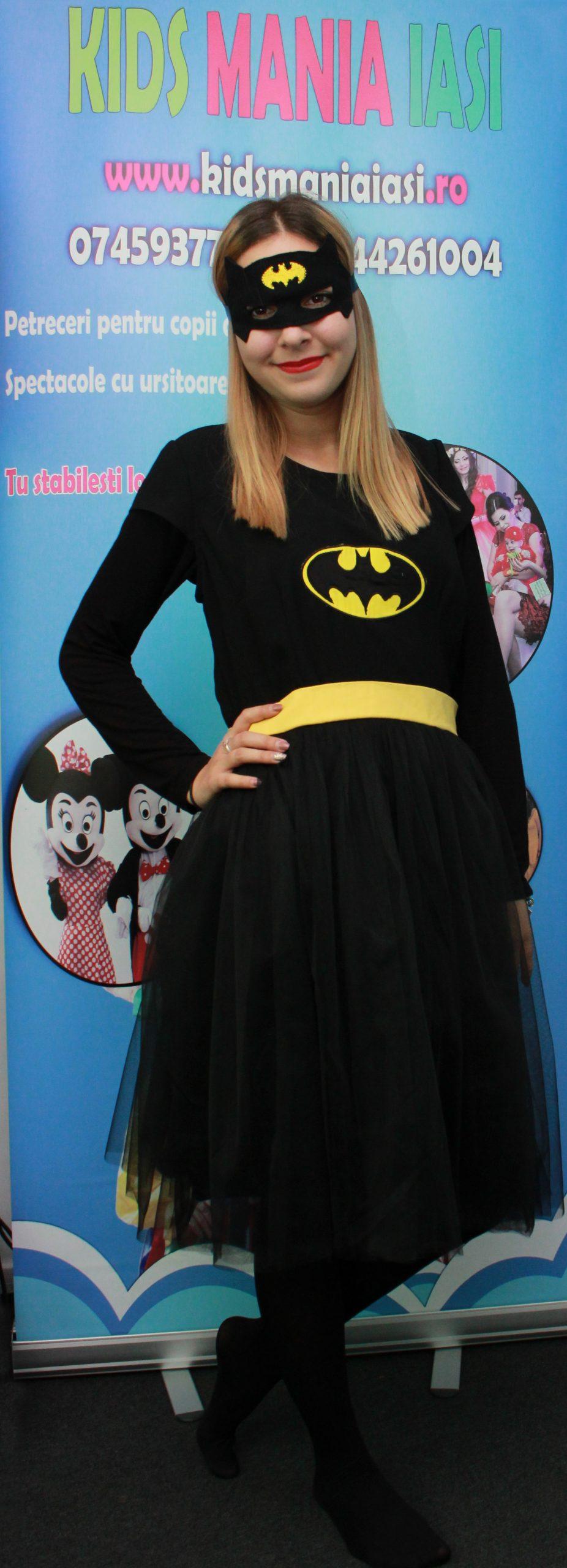 Batgirl prietena lui Batman la petreceri pentru copii in Iasi